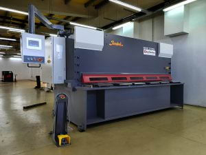 Bayer Machines - Delivery to Fitting Montage - Guillotine Shear